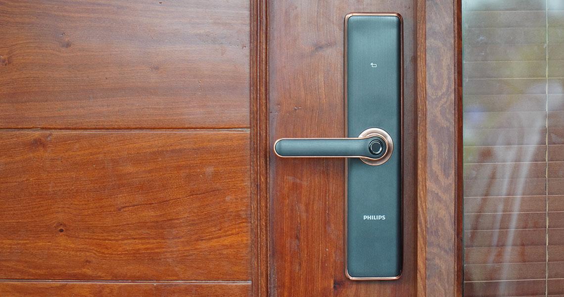 Có nên sử dụng khóa cổng điện tử thông minh không?